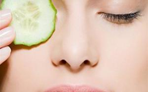 5 Easy Ways to Get Rid of Dark Circles Under Your Eyes