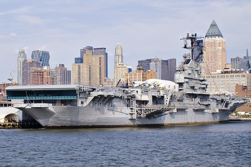Intrepid Sea-Air-Space Museum (Manhattan, NY)