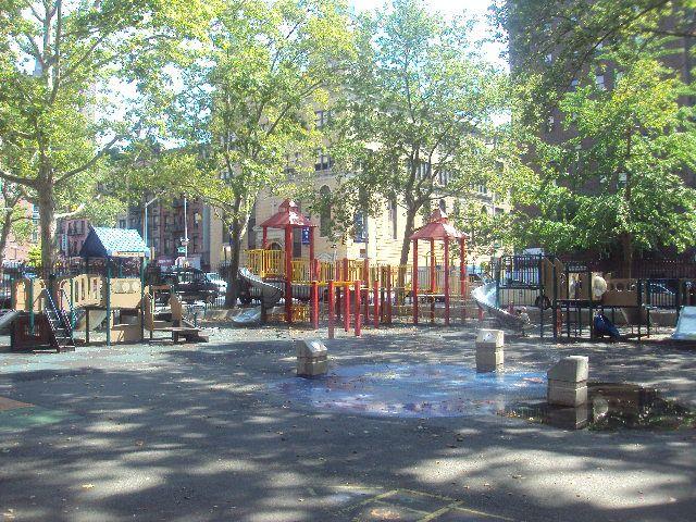 Alfred_E._Smith_Playground2