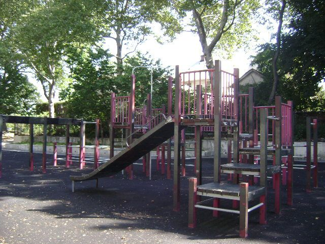 Briarwood Playground (Queens, NY)