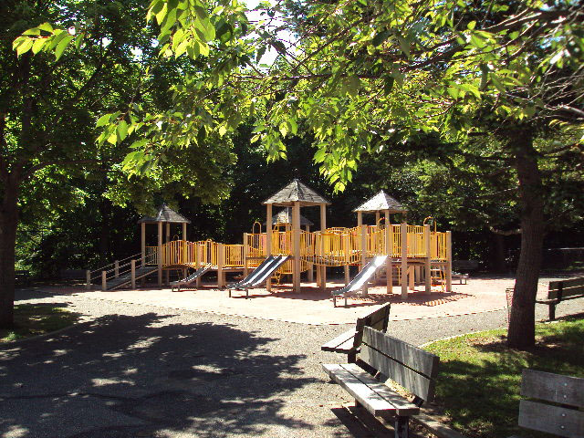 Skyline Playground (Staten Island)