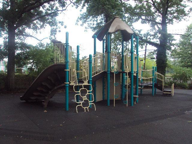 De Matti Playground (Staten Island)