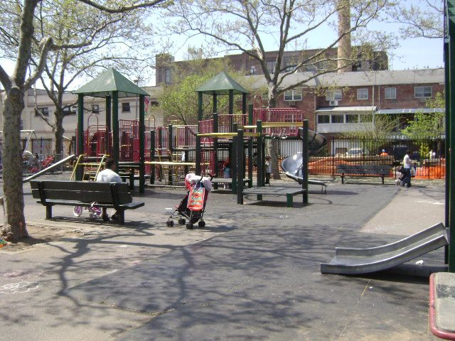 Ditmars Park (Queens, NY)