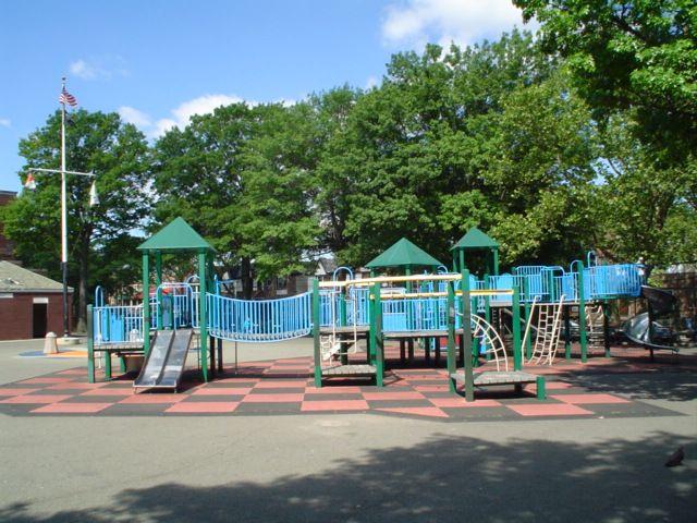 Dutch Kills Playground (Queens, NY)