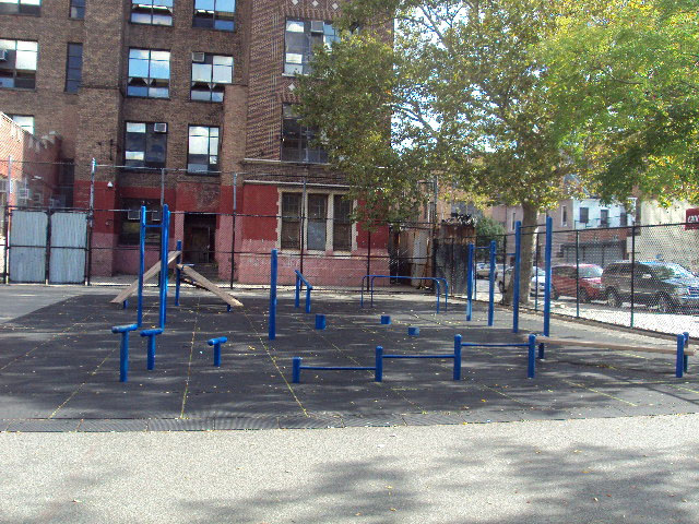Bartlett Playground (Brooklyn, NY)
