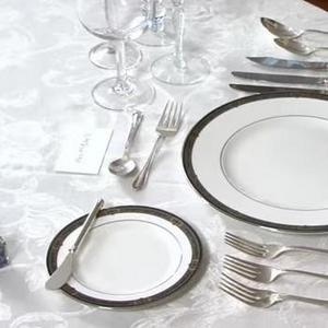 Training Dining Table Etiquette 300x300