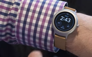 Android Wear 2.0 Review On LG's New Watches (Video)
