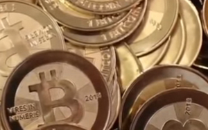 Bitcoin (Crypto Currency) vs. Normal Currency (Video)