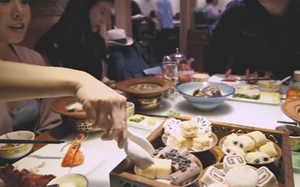 Chinese Food: An All-American Cuisine (Documentary / Video)