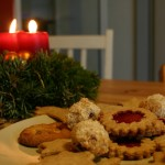 food_christmas_candles_cookies_table_300x300