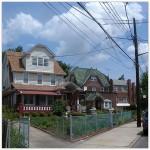 neighborhoods_queens_briarwood_300x300