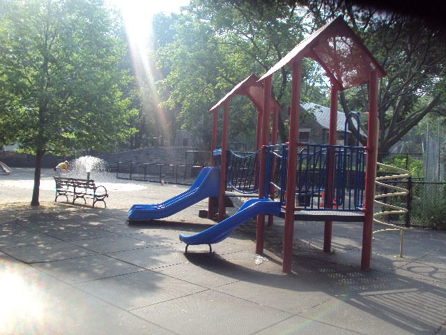 cunniham-park-playground