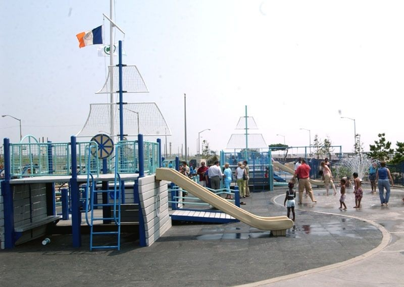 Rockaway Beach and Boardwalk (Queens, NY)