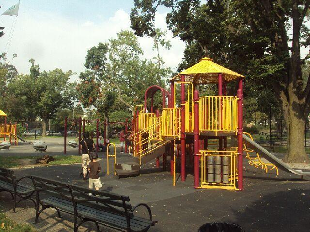 Crocheron-Park
