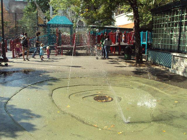 Vesuvio Playground (New York, New York)