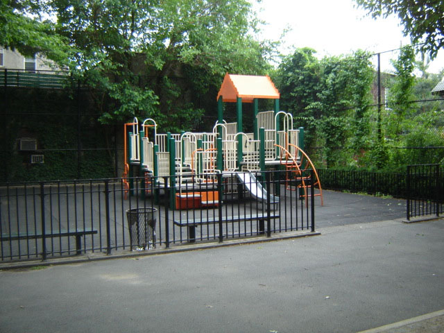 Andrews Grove (Queens, NY)