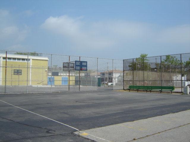 Last Chance Pond Park ( Staten Island)