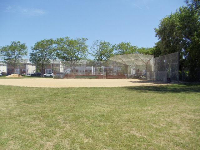 Midland Field ( Staten Island)