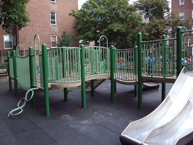 Ehrenreich-Austin Playground (Queens, NY)