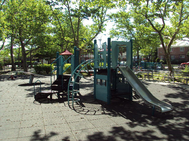 Utopia Playground (Queens, NY)