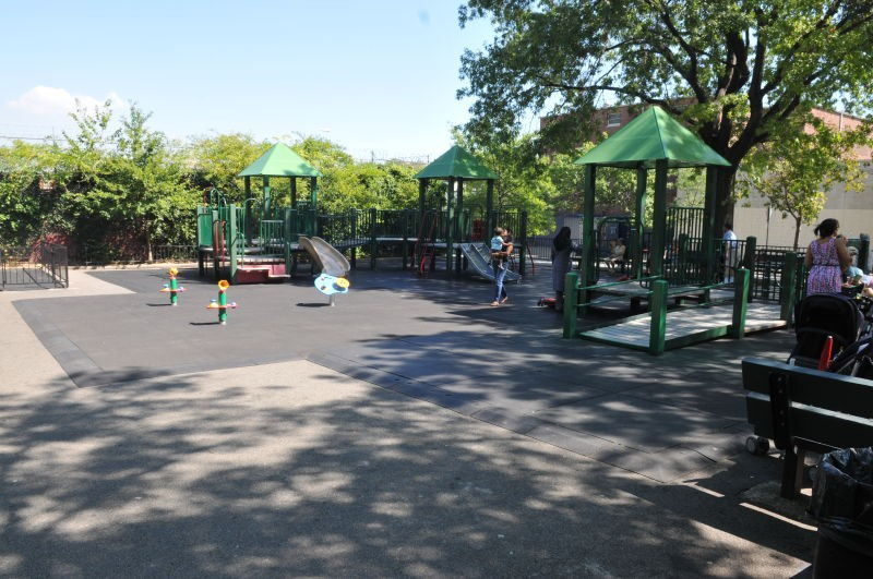 Travers Park (Queens, NY)