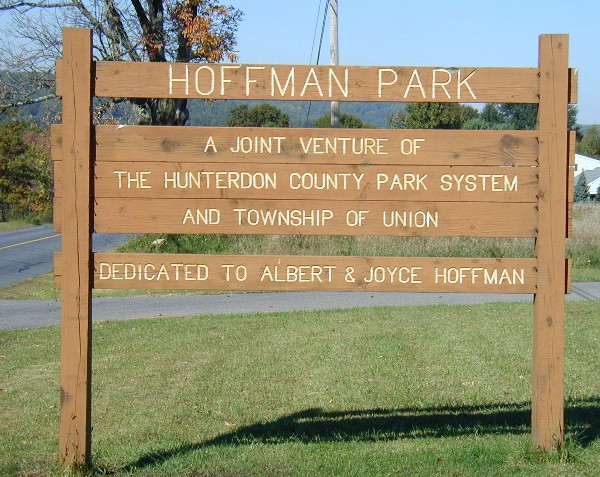 Hoffman-Park_Sign