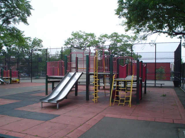 Starr Playground (Queens, NY)
