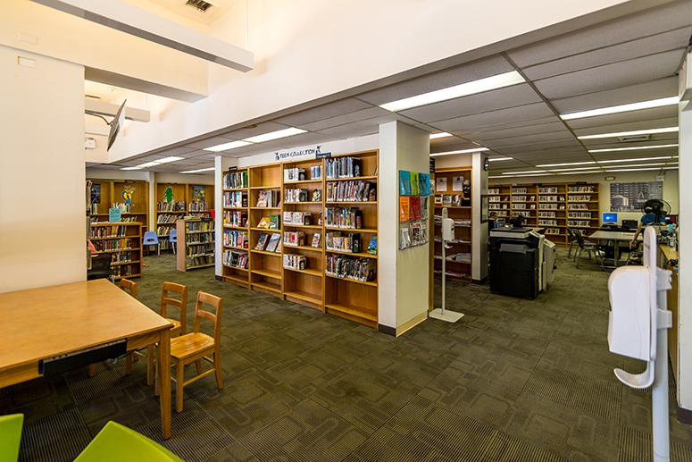 Roosevelt-Island-Library2